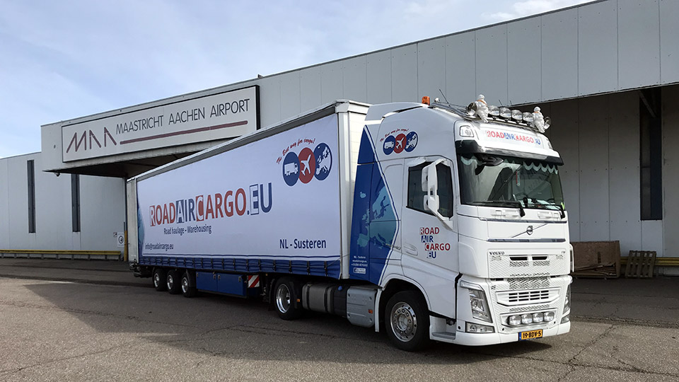 Air cargo on the road