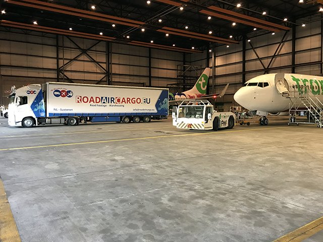 Aircraft On Ground (AOG) services